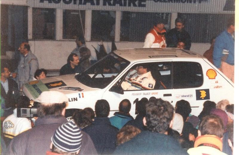 3-4nov1990-presentatio905-charade-ARI-VATANEN-MICHELE-MOUTON-3.jpg