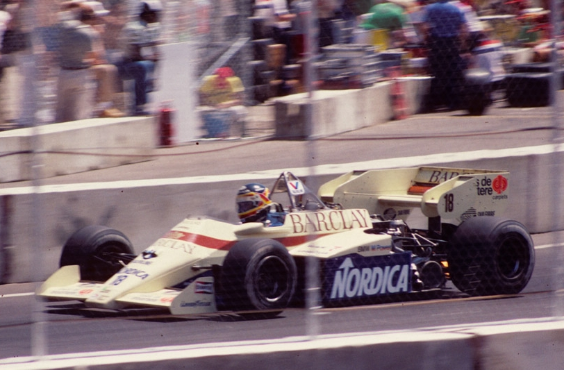 Thierry Boutsen sur Arrows A7 en 1984 à Dallas