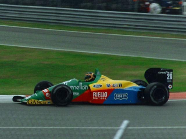 Thierry Boutsen sur Benetton B188 en 1988 au Canada