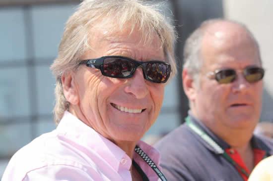 Derek BELL soutient le Circuit de Charade